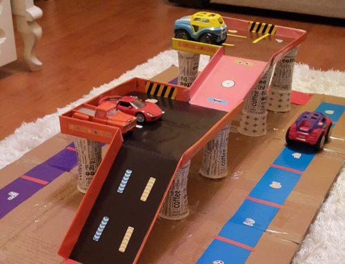 Kartondan otopark yapımı: Bir baba etkinliği